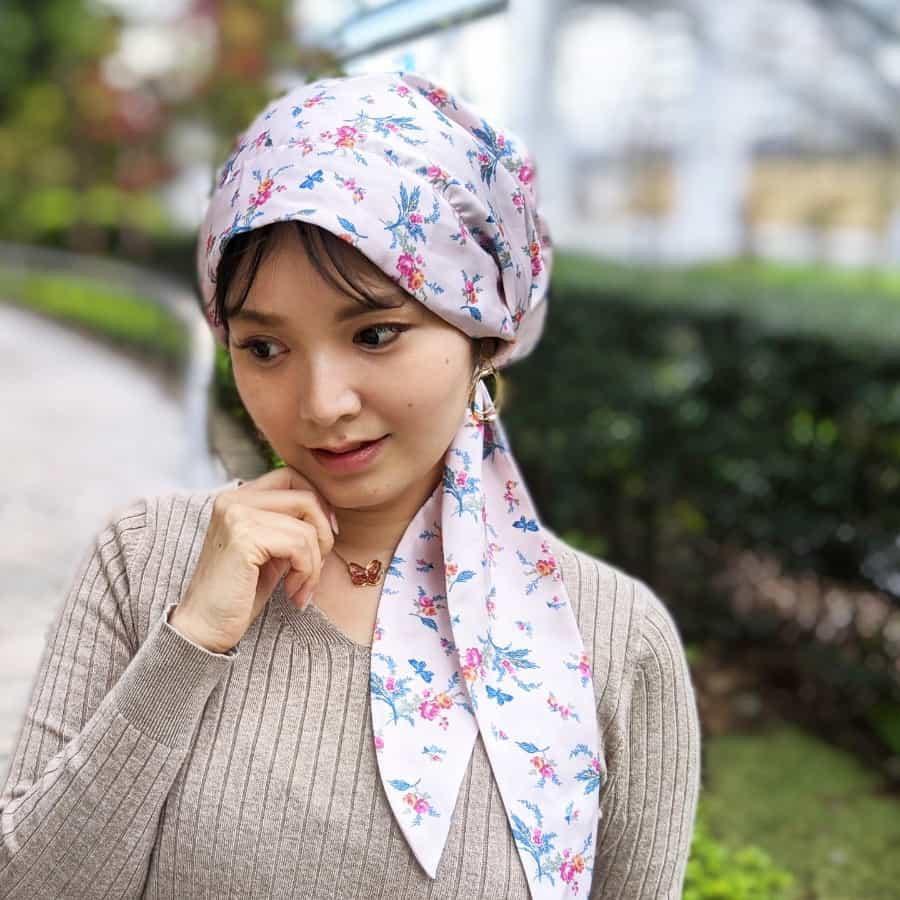 ケア帽子 (スカーフタイプ) 蝶と薔薇柄