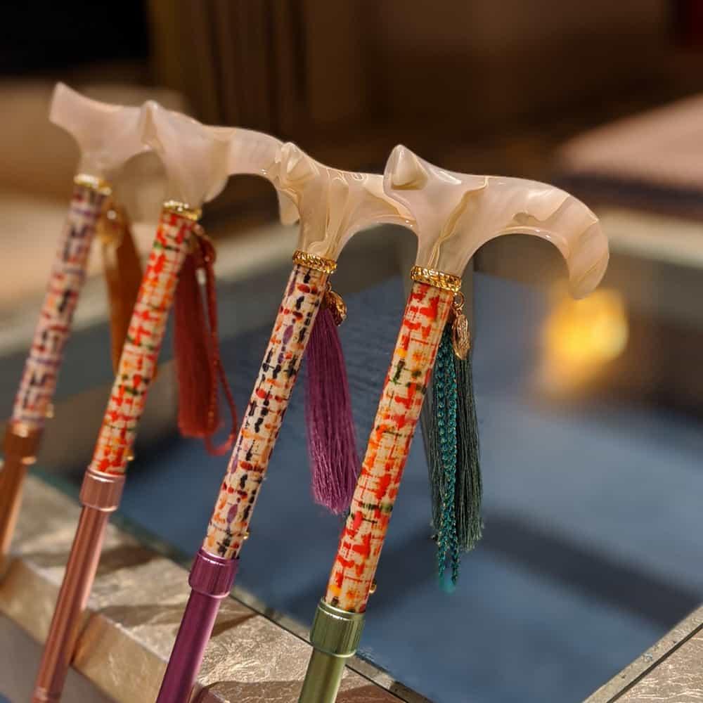 折りたたみ杖(オリジナルポーチ付)BONBON STICK -LUXE-
